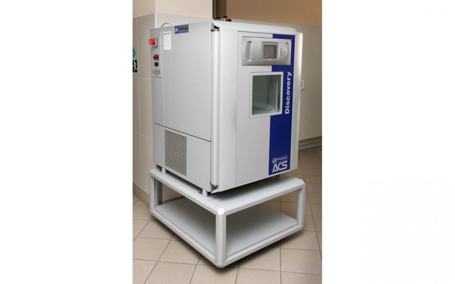 Mobile climate test chamber