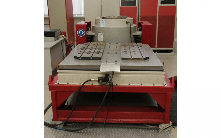 Vibration Table 1000